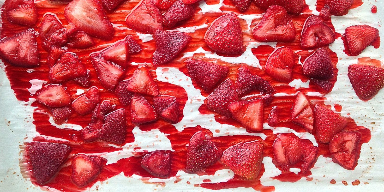 how to roast strawberries - recipes with roasted strawberries