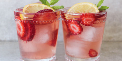 Spiked Strawberry Lemonade Recipe - TheNextTycoon.biz