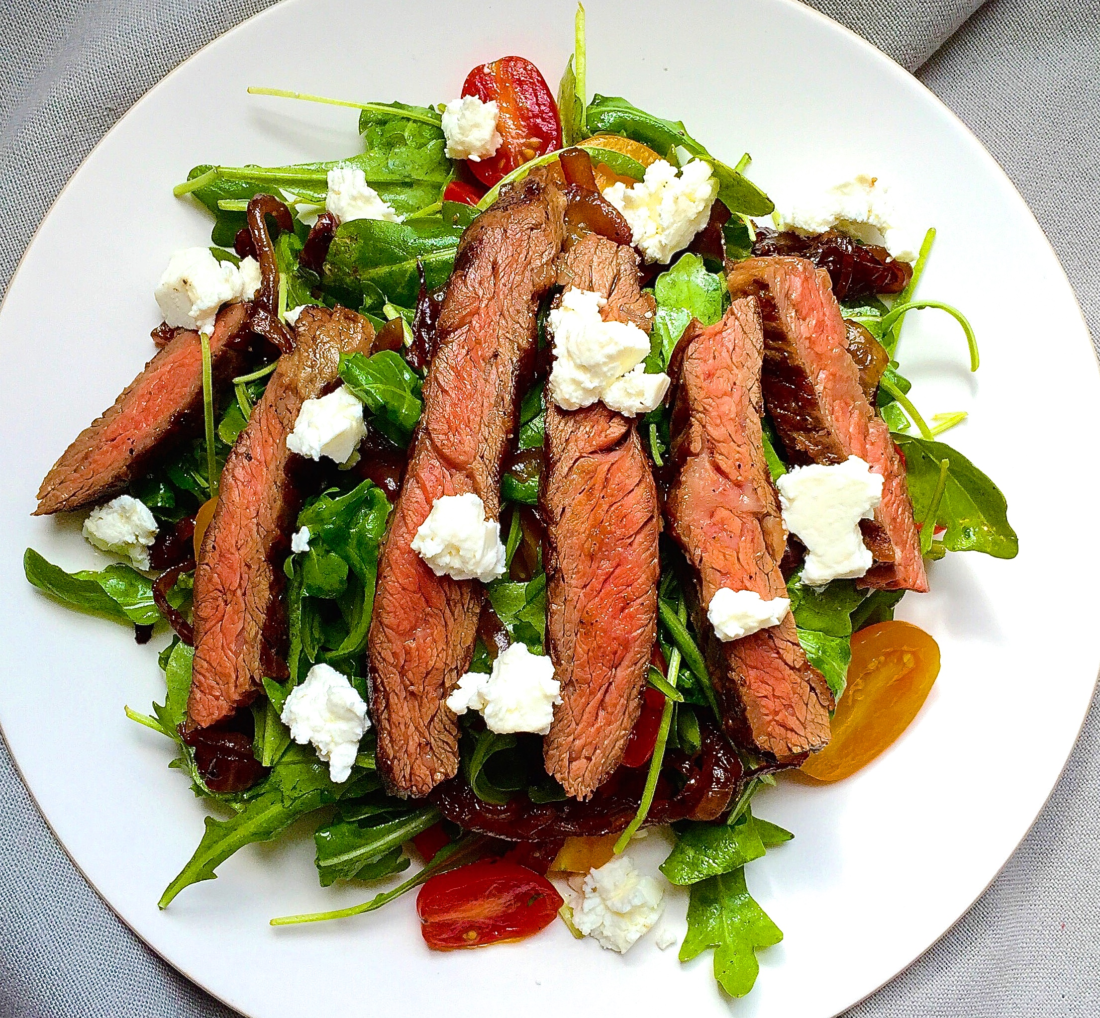 Grilled Skirt Steak Salad with Arugula, Balsamic-Glazed Onions ...