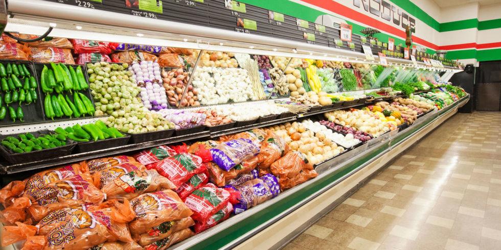 Africa the supermarket cashier exacts revenge on her boyfriend - 1 5