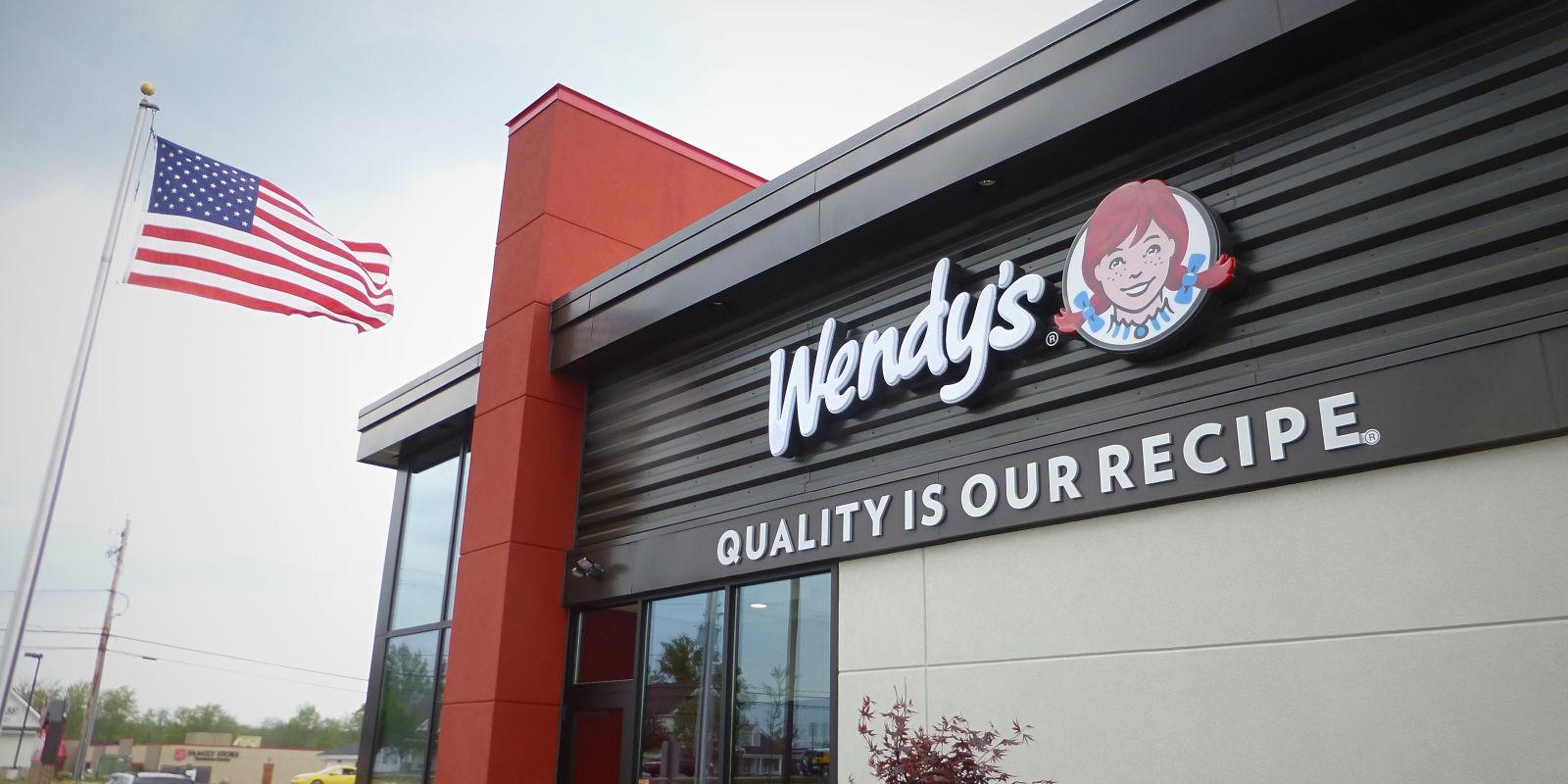 Wendy S Green Chili Queso Burger Delish Com