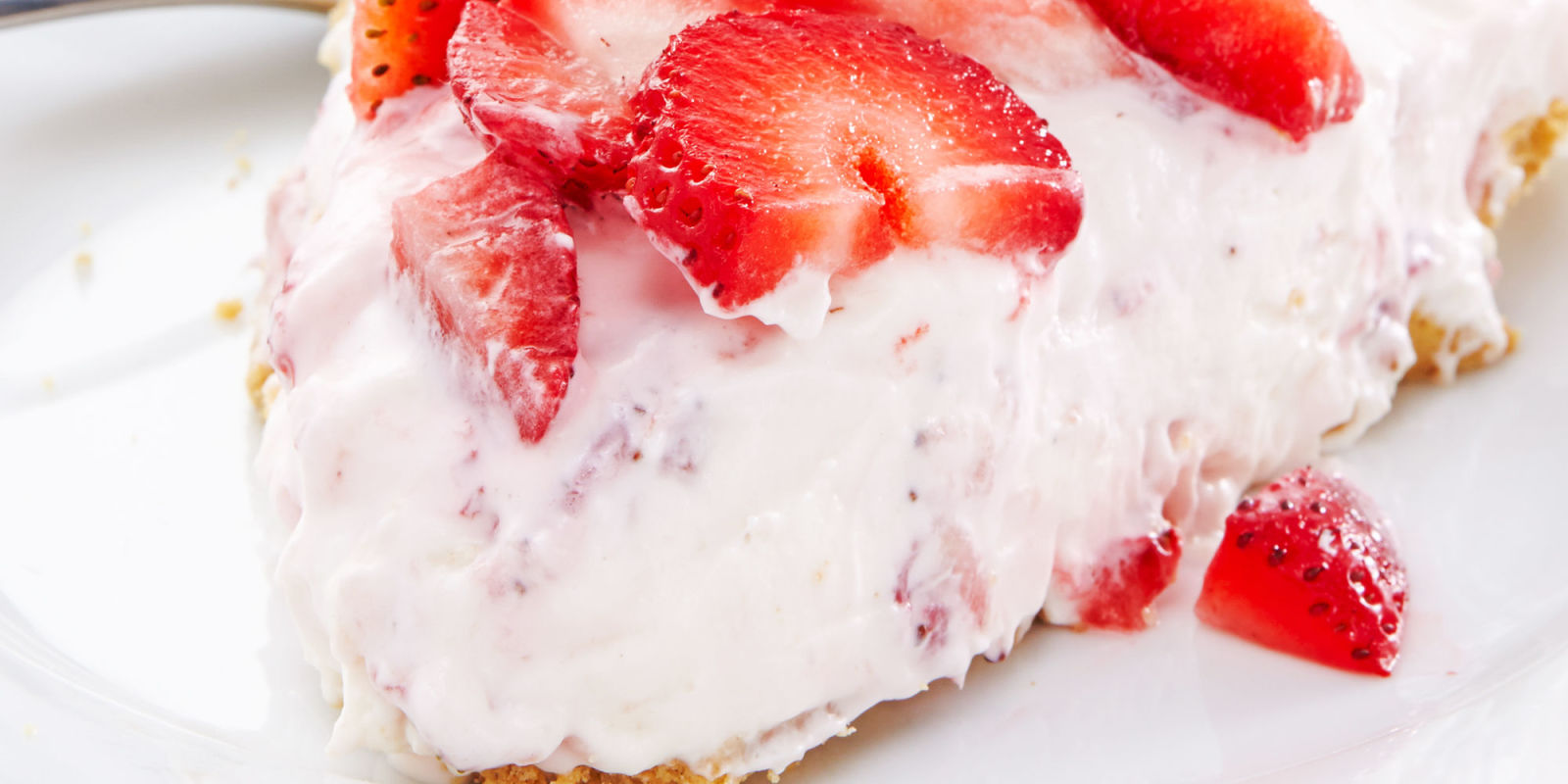 No Bake Strawberry Cheesecake Recipe - How to Make No Bake Strawberry ...