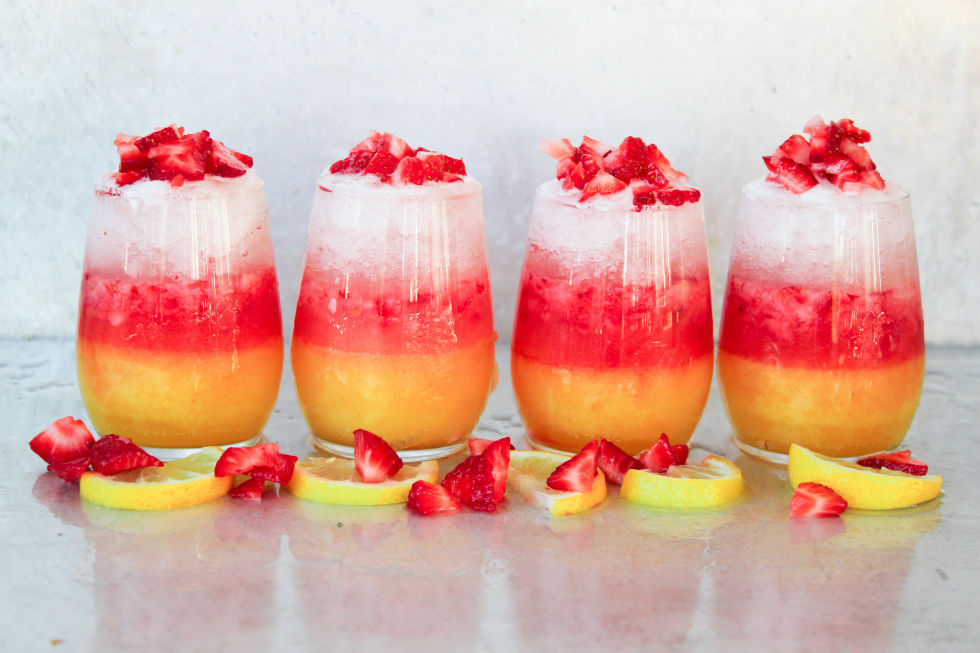 60 Easy Summer Cocktails Best Recipes For Summer Alcoholic Drinks Delish Com