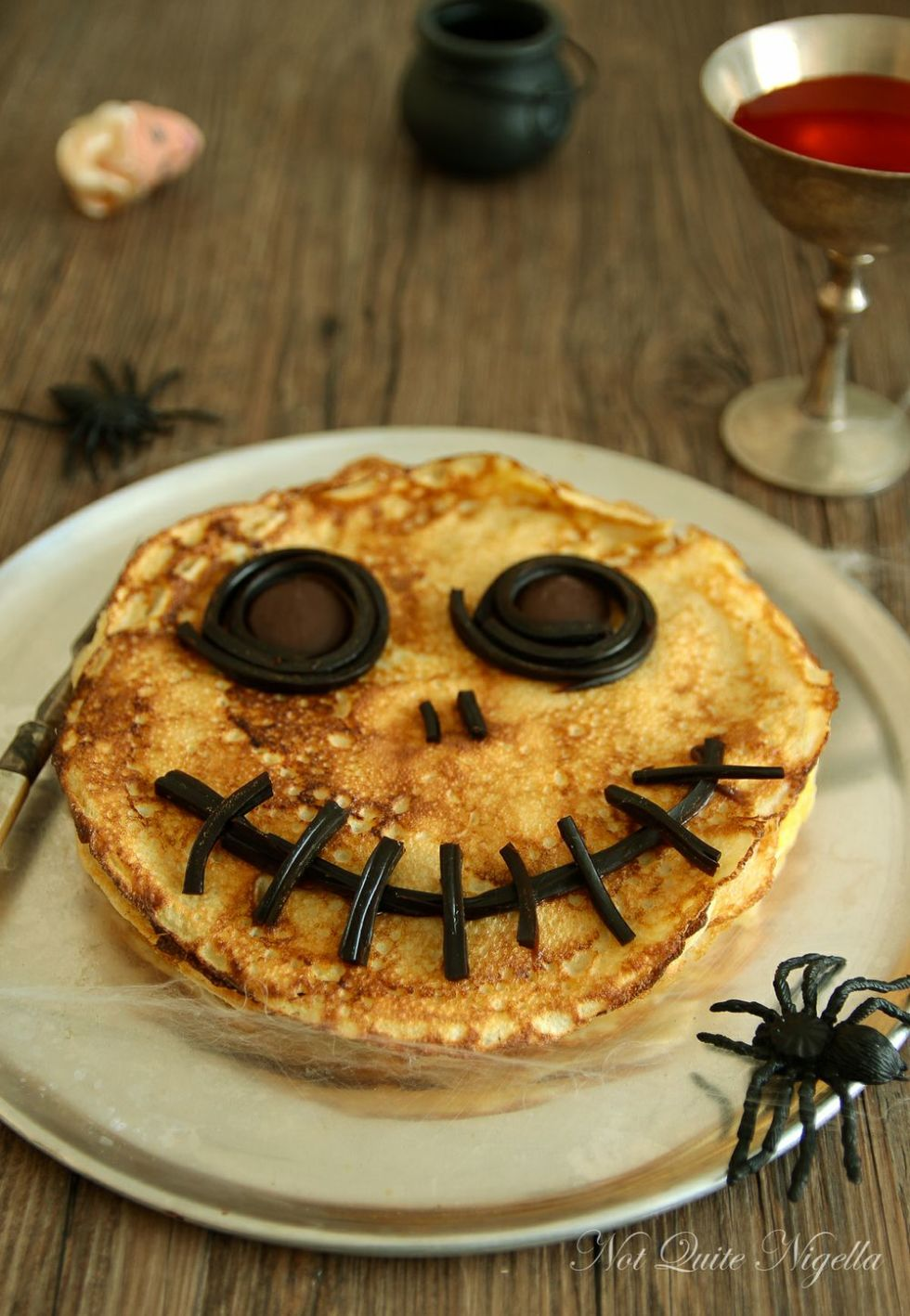19 Halloween Breakfast Ideas - Recipes for Cute Halloween ...