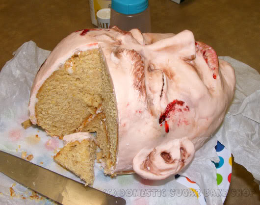 head cake - Halloween Scary Desserts