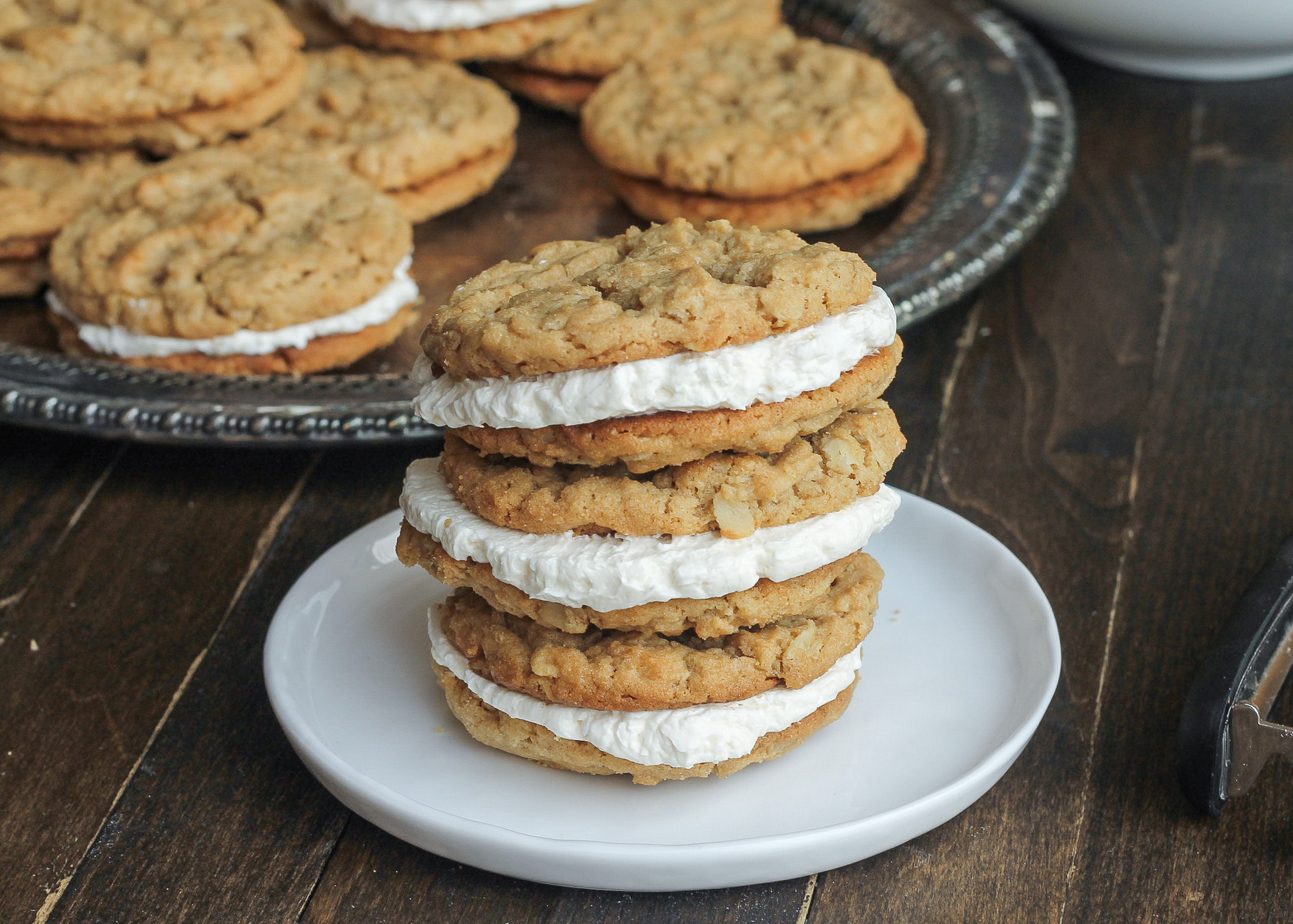 These Peanut Butter Oatmeal Sandwich Cookies with ...
