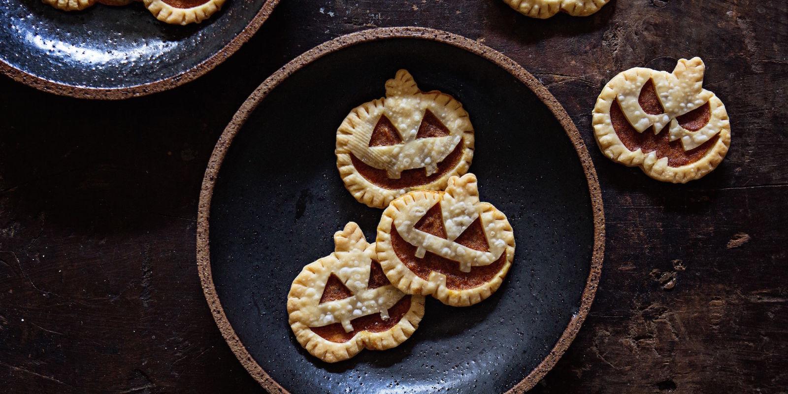 Best Mini Jack O Lantern Pies Recipe How To Make Mini