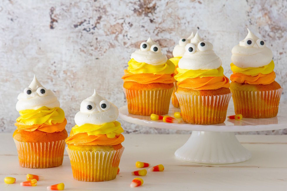 candy corn ghost cupcakes - Easy To Make Halloween Cakes