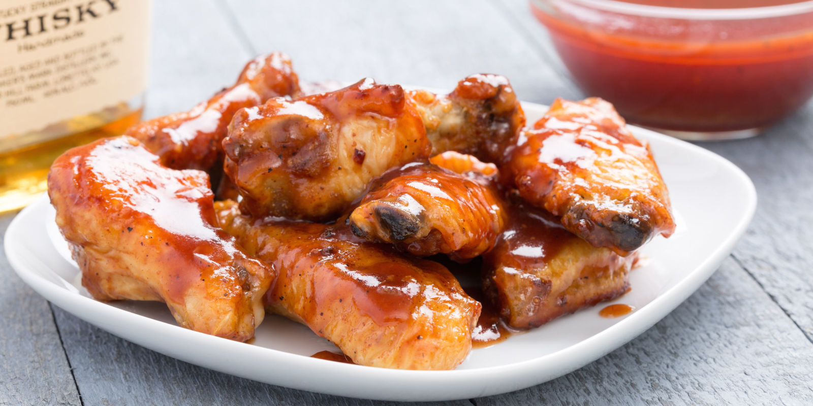 Slow Cooker Barbecue Bourbon Chicken Wings