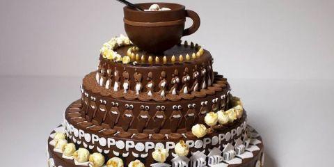 Amazing Spinning Cake