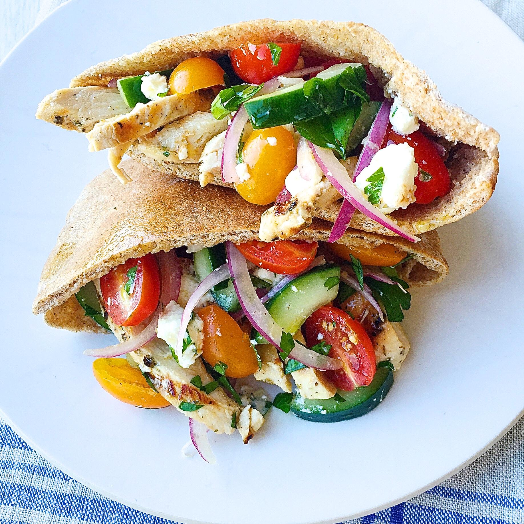 Greek Salad Pita Pockets with Grilled Chicken Recipe-How to Make Greek ...