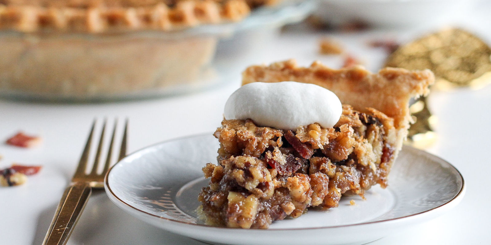 Maple Bacon Walnut Pie Recipe-How to Make Maple Bacon Walnut Pie