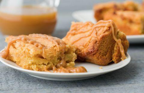 Caramel Apple Spice Cake Recipe