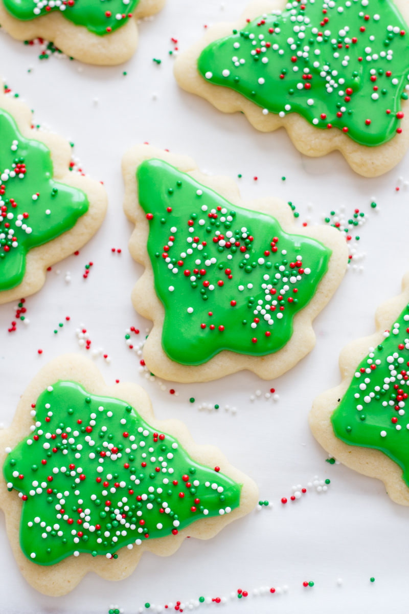 Christmas sugar cookie decorating ideas - 60 Best Christmas Sugar Cookies Recipes For Easy Holiday Sugar Cookies Delish Com