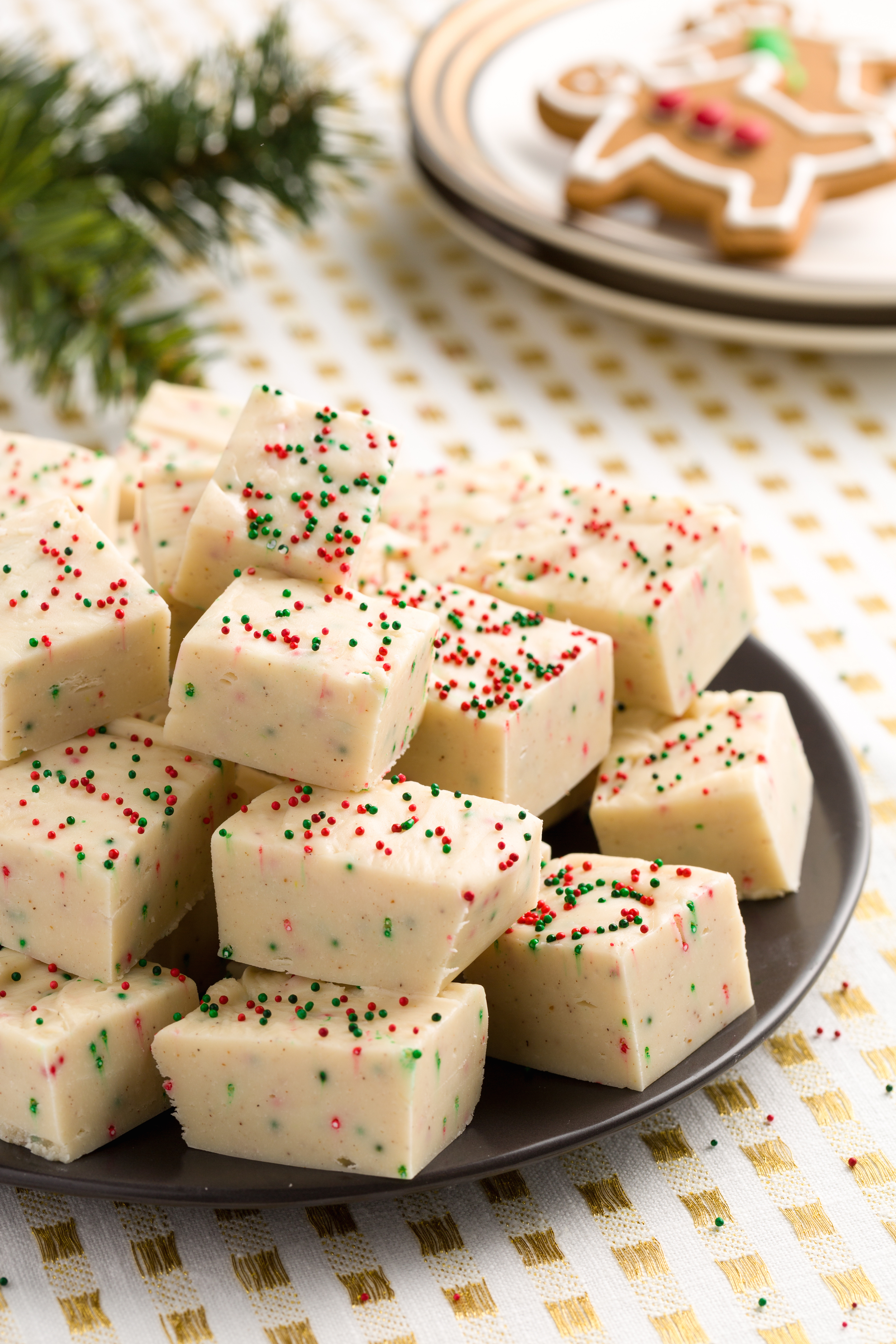 18 easy homemade christmas candy recipes how to make for Traditional christmas candy recipes