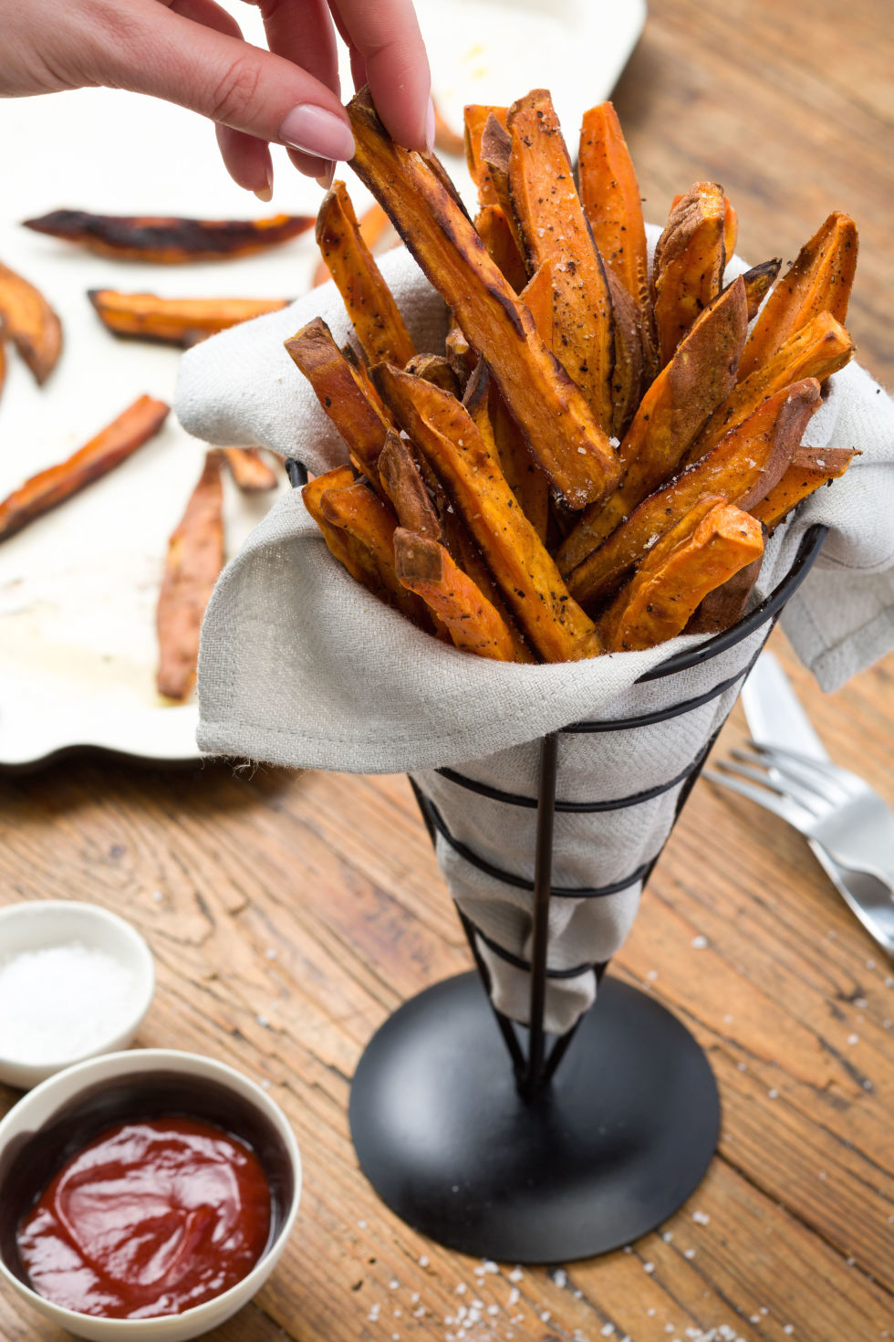 60 french fries recipe homemade french fry recipesdelish forumfinder Choice Image