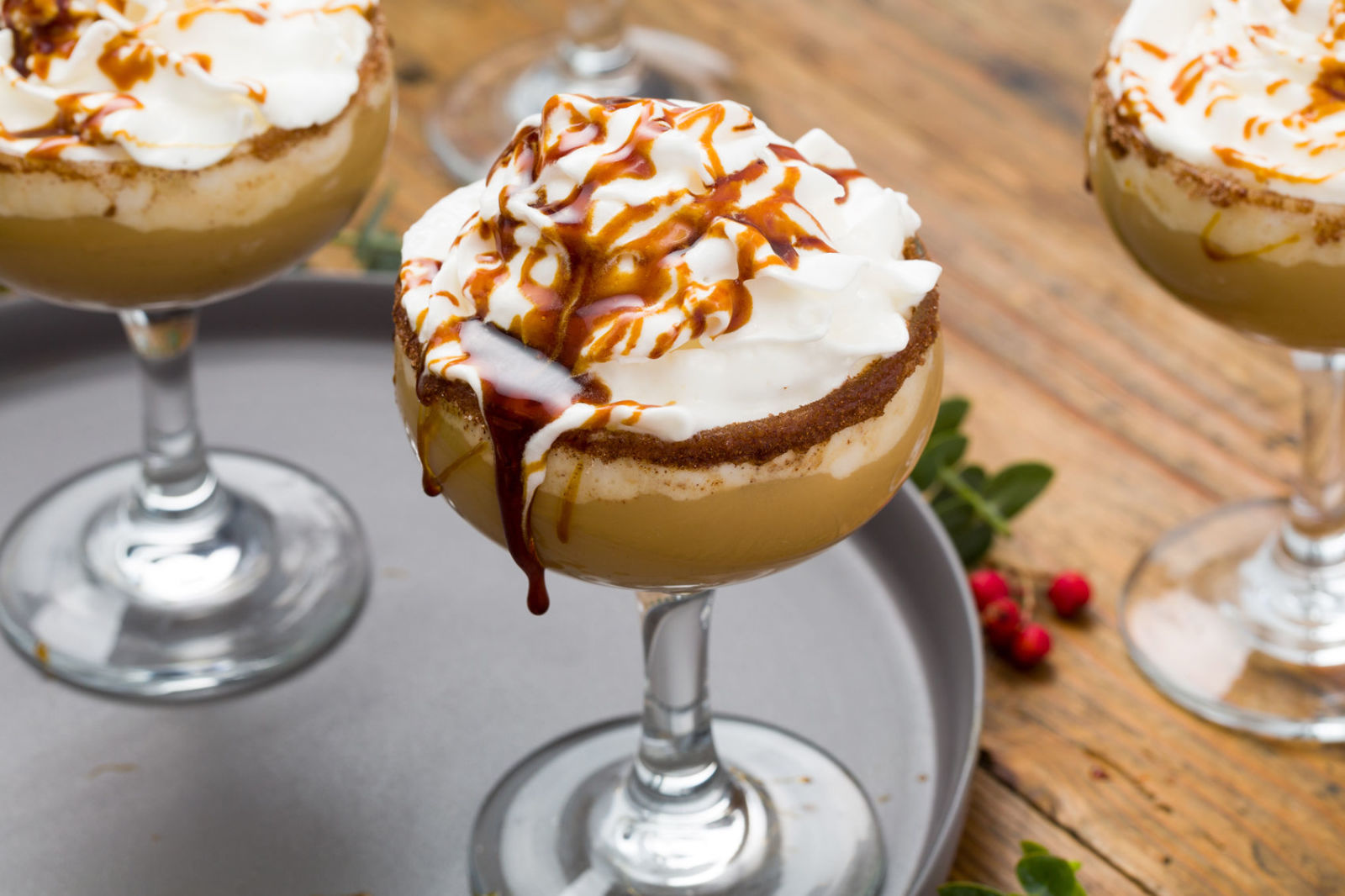40 Easy Christmas Cocktails - Best Recipes for Winter Holiday ...