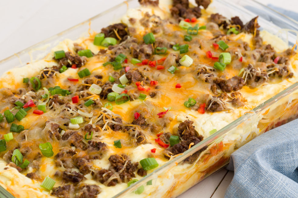 easy home cooked dinner ideas. cheesy taco lasagna easy home cooked dinner ideas