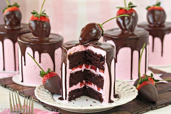 Easy chocolate and strawberry cake recipe