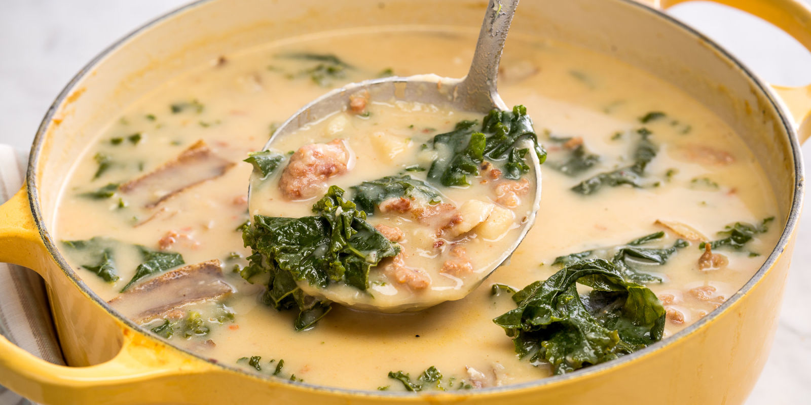 Olive garden zuppa toscana recipe olive garden tuscan soup recipe for Olive garden potato sausage kale soup recipe