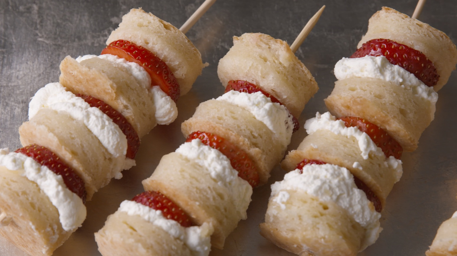 best strawberry shortcake skewers recipe how to make strawberry shortcake skewers - Easy Valentine Dinner Recipes