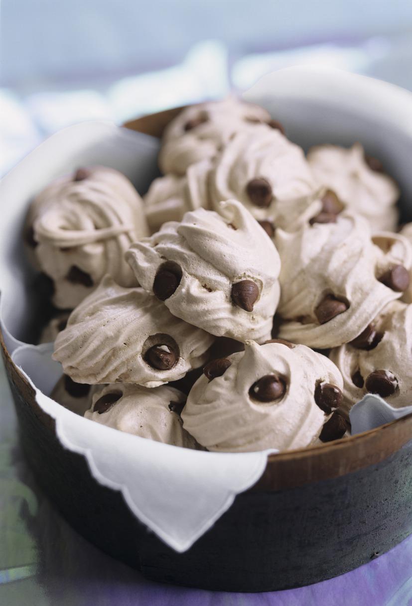 Best Chocolate Chip Meringue Cookies Recipe-How to Make ...