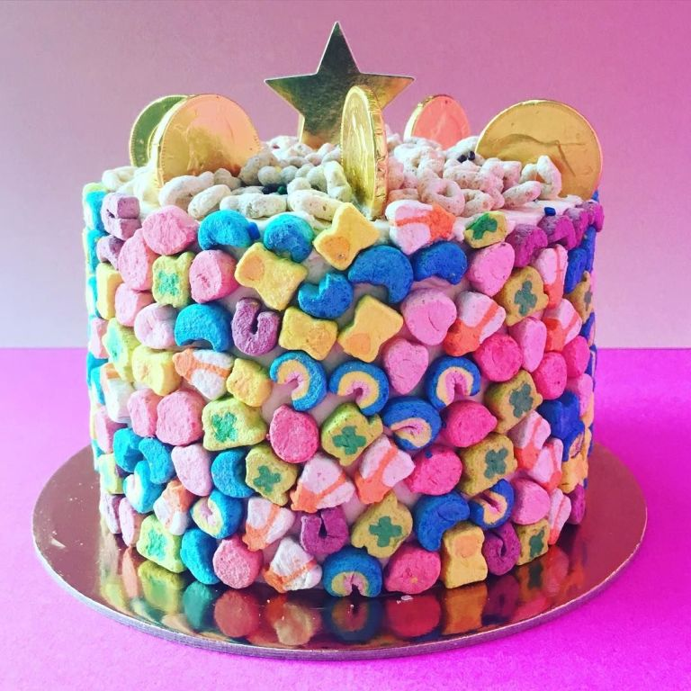 Lucky Charms Covered Cake for St. Patrick\'s Day