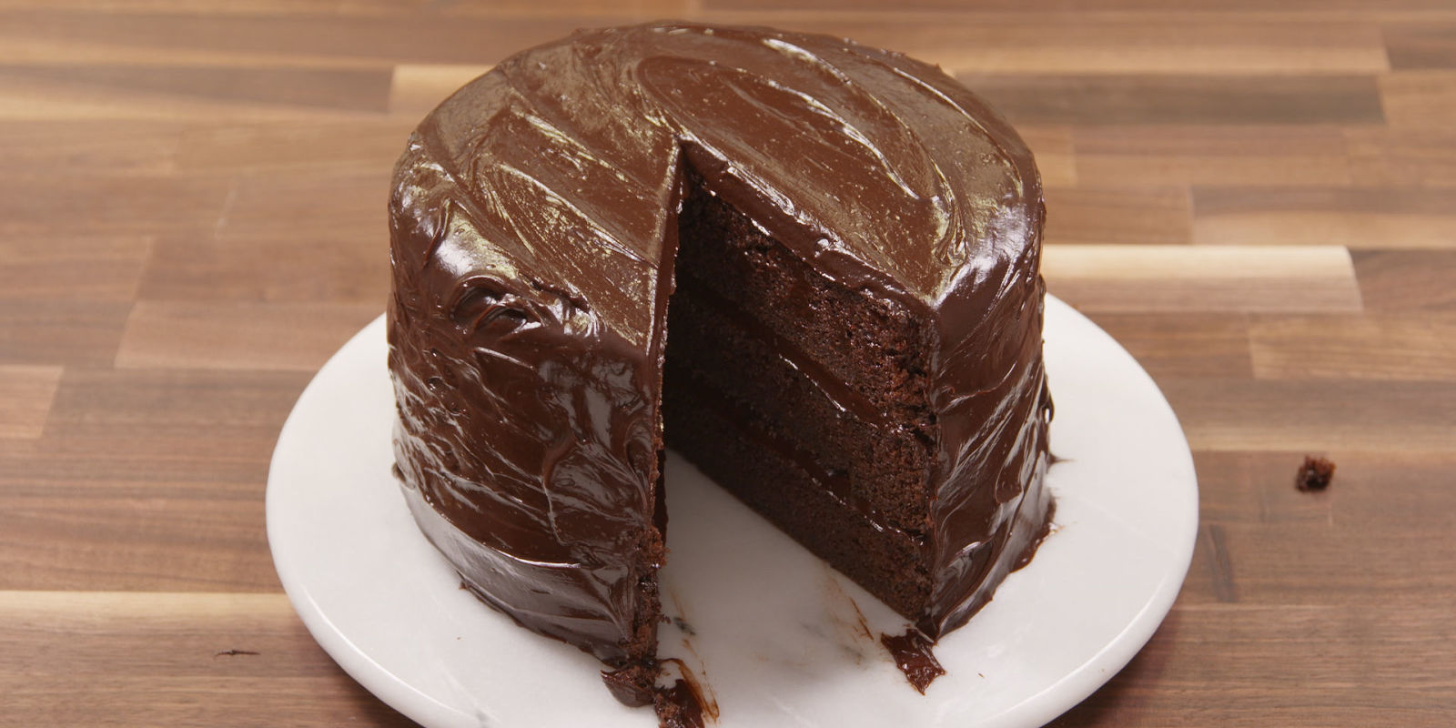Best Chocolate Fudge Cake Recipe - How To Make Chocolate ...