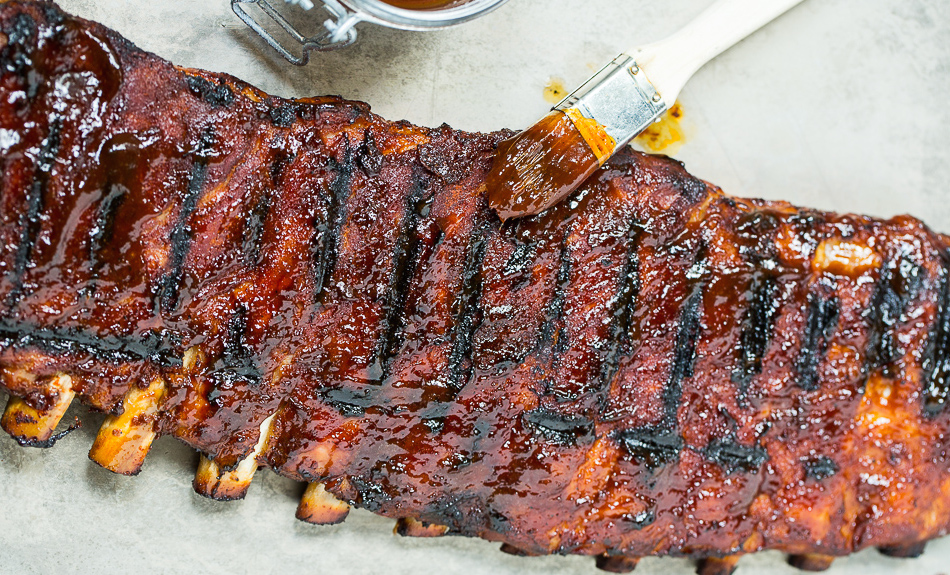16 Easy Bbq Pork Ribs Recipes Best Marinades For Barbecue Ribs Delish Com