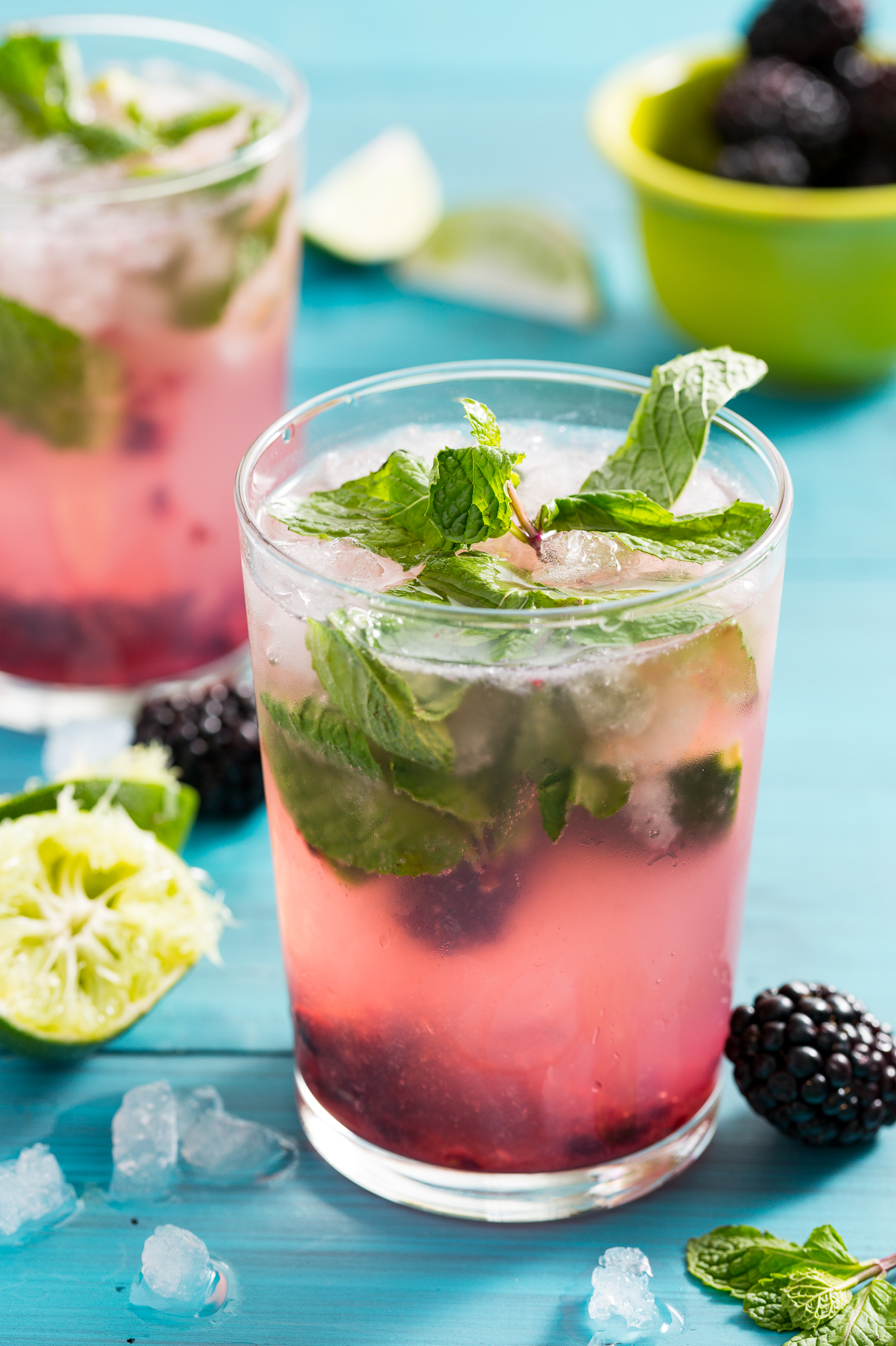 Best blackberry mojito recipe how to make a mojito cocktail for Fruity mixed drinks recipes