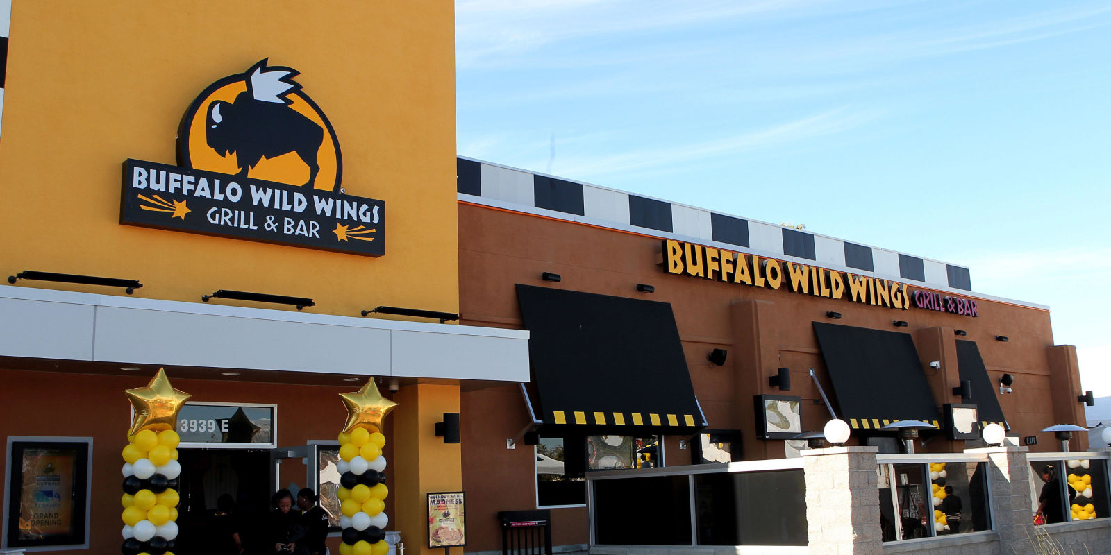 In , the chain, now calling its locations, Buffalo Wild Wings Grill & Bar, was in 19 states and locations (at year end) with one finally in the city of its signature menu item, Buffalo, New York. System-wide revenue was $ million in with same-stores averaged growth of 8 percent per year. The company began pushing takeout tgzll.mld: ; 36 years ago in Columbus, Ohio, U.S. as Buffalo Wild Wings & Weck.