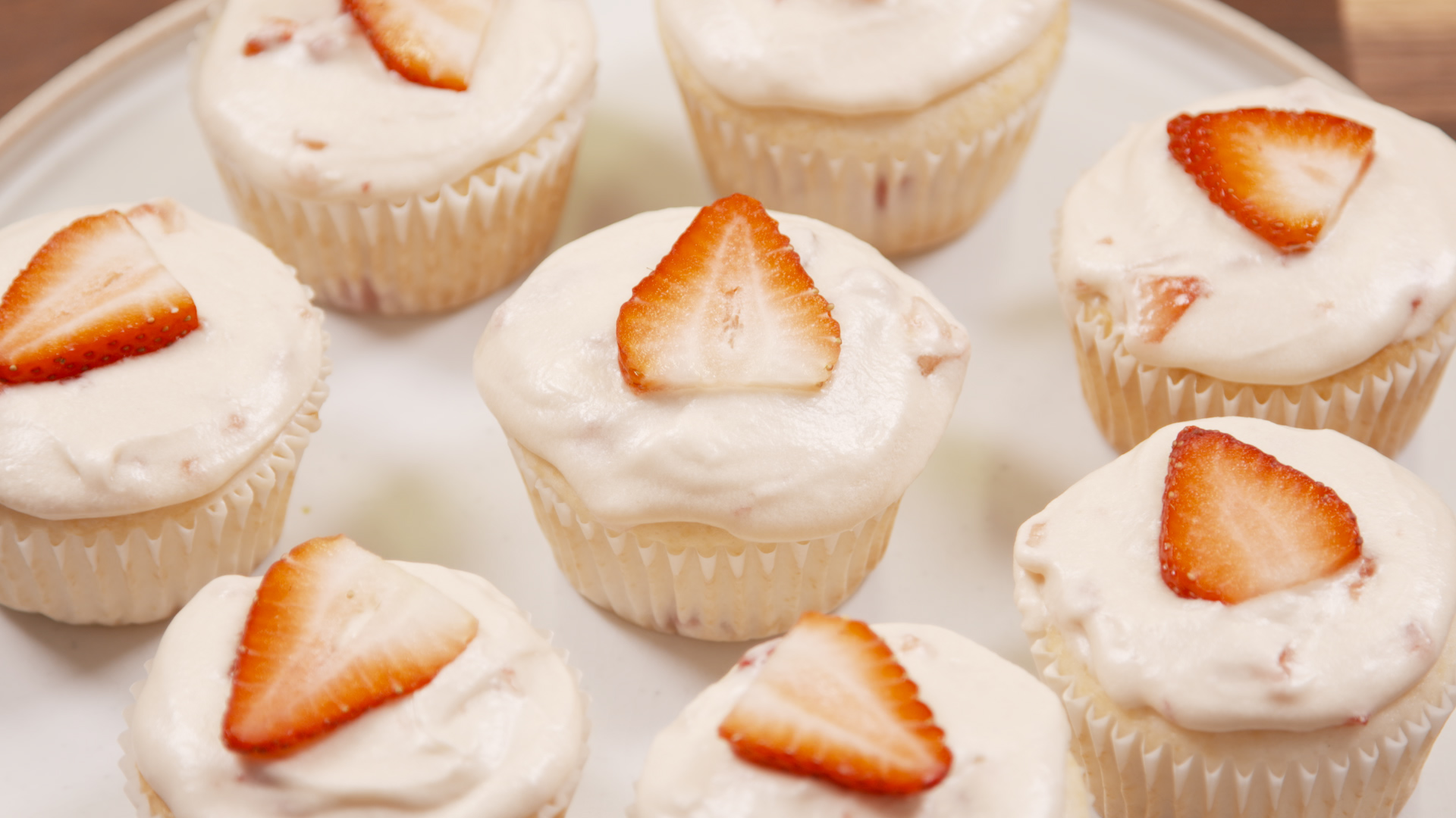 50 easy cupcake recipes from scratch how to make for How to make halloween cupcakes from scratch