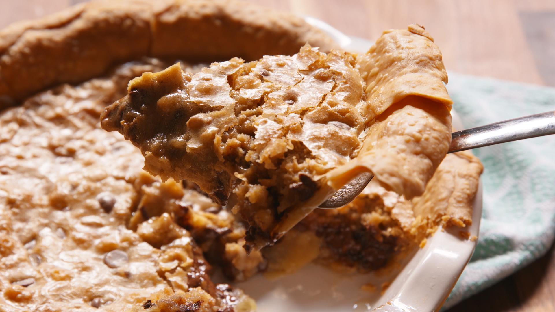 Chocolate Chip Cookie Pie - Cookie Pie