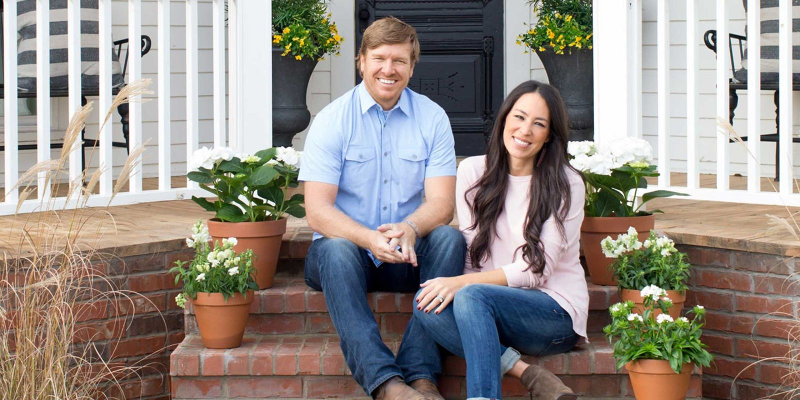 Joanna gaines wants a cooking show for How much do chip and joanna gaines make