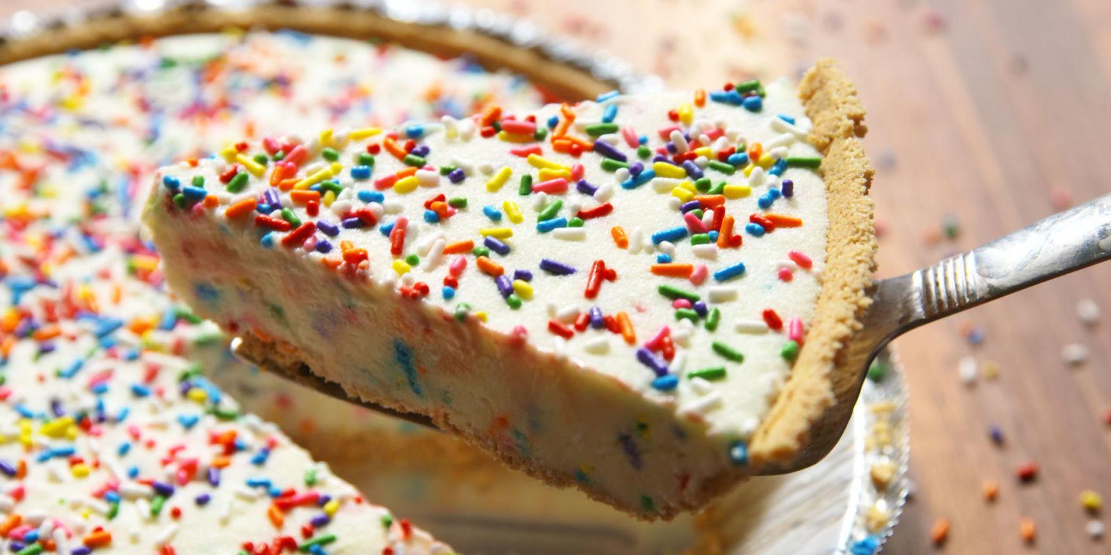 Birthday Cake Cheesecake Funfetti Cheesecake