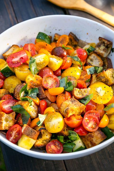 Panzan-HELL-YEA! Get the recipe fromDelish.