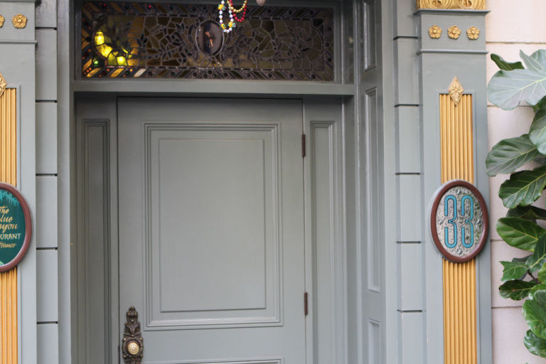 Club 33 entrance : disney door - Pezcame.Com
