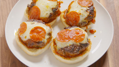 how to make pizza burgers oven