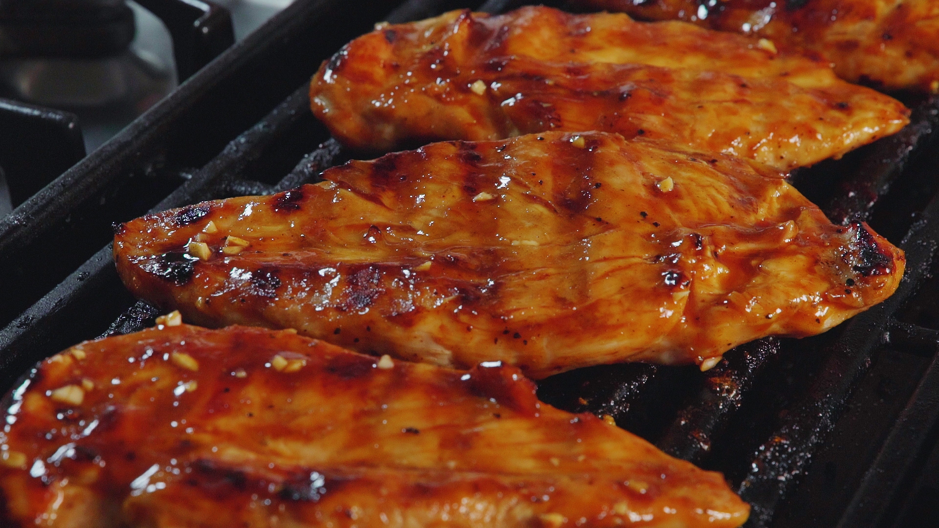 34 Easy Grilled Chicken Recipes - How to Grill Chicken ...