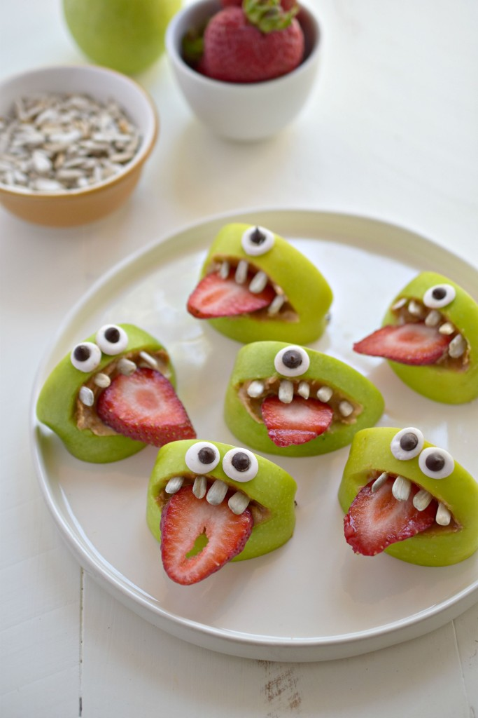 20+ Easy Halloween Snacks - Fun Ideas for Halloween Snack Recipes ...