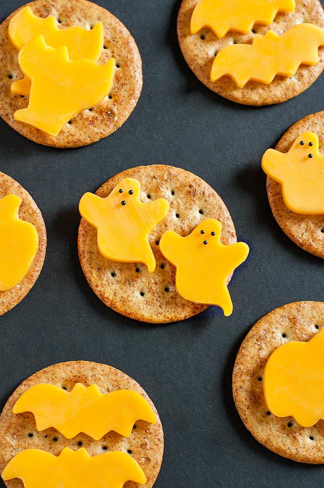 20+ Easy Halloween Snacks - Fun Ideas for Halloween Snack Recipes ...