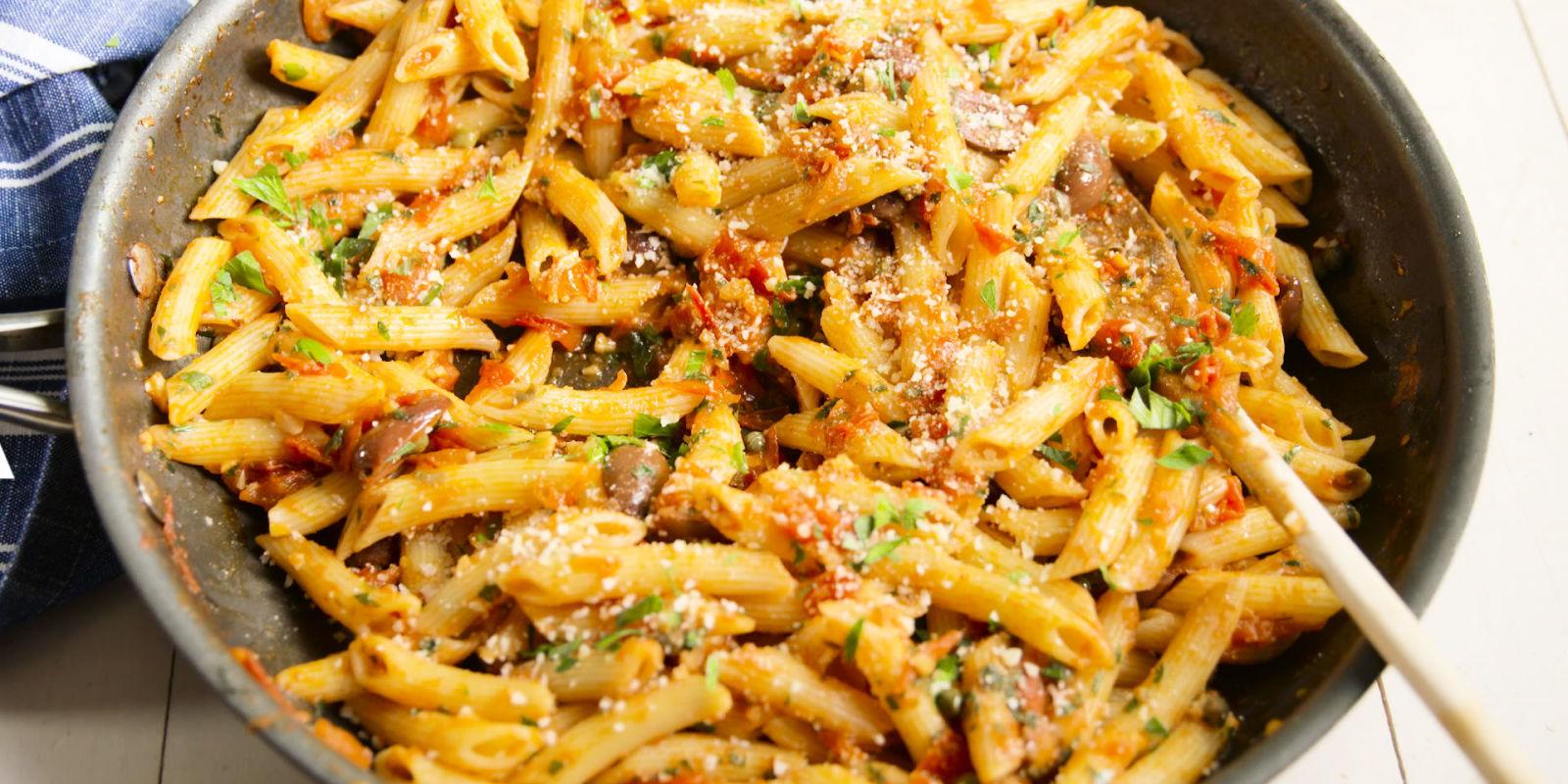 Penne Puttanesca - Puttanesca Pasta