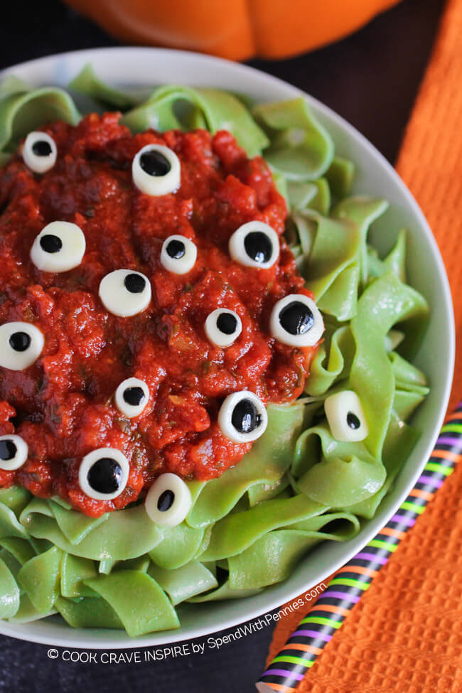 30+ Halloween Dinner Ideas for Kids - Recipes for Halloween Dinner ...