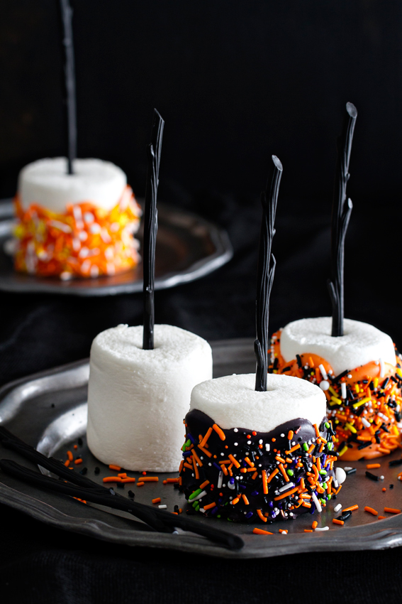 50 easy halloween desserts recipes for halloween party dessert ideasdelishcom - Halloween Scary Desserts