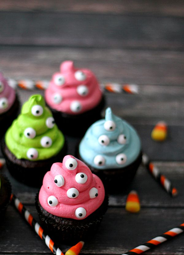 18 Easy Halloween Cupcake Ideas