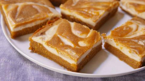 Baking Pumpkin Cheesecake Bars Video — Pumpkin Cheesecake ...