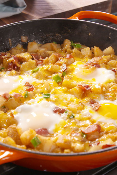 brunch loaded breakfast skillet