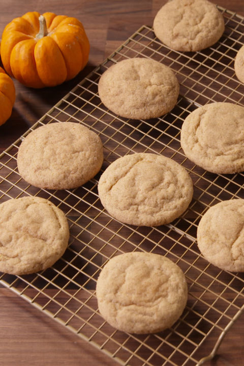 Cheesecake-Stuffed Pumpkin Cookies Vertical Beauty