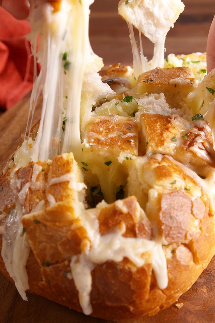 Best Cheesy Garlic Pull Apart Bread Recipe How To Make