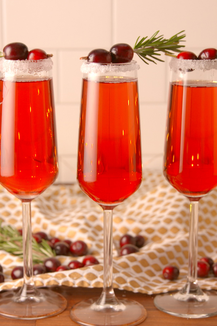 Best cranberry mimosas recipe how to make cranberry for Christmas cocktail decorations
